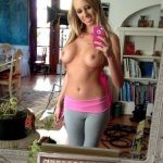 Blonde college girl nude selfie