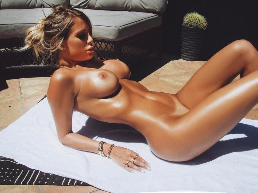 Amanda Lynn Nude