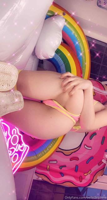 Belle-Delphine-Onlyfans-Dildo-Pussy-Masturbation-44