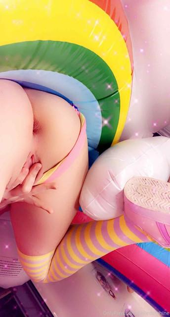 Belle-Delphine-Onlyfans-Dildo-Pussy-Masturbation-71